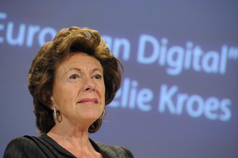 Neelie Kroes é a comissária responsável pela Agenda Digital