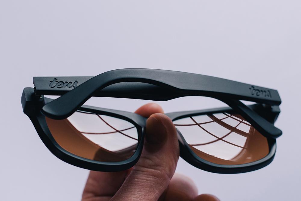 A britânica Tens concebeu algo interessante  óculos de Sol que te deixam  ver o Mundo com um filtro estilo-Instagram. 5b21046f51