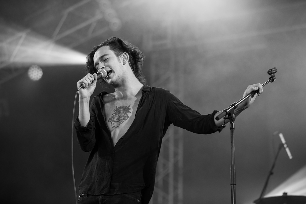 nosalive14_the1975