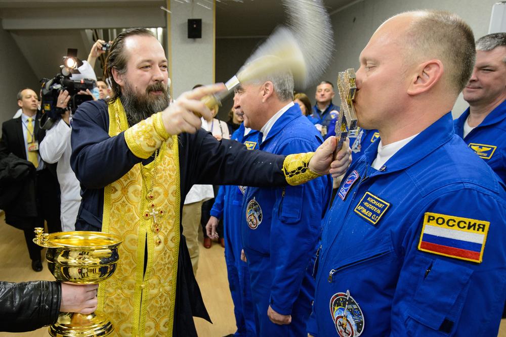 Expedition 39 Preflight