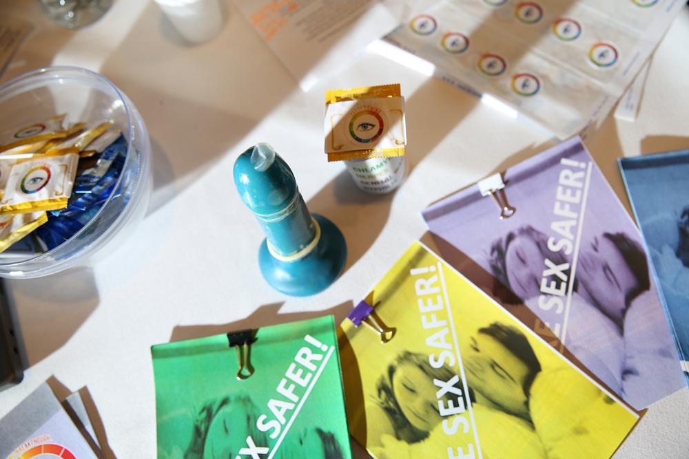 preservativo que muda de cor