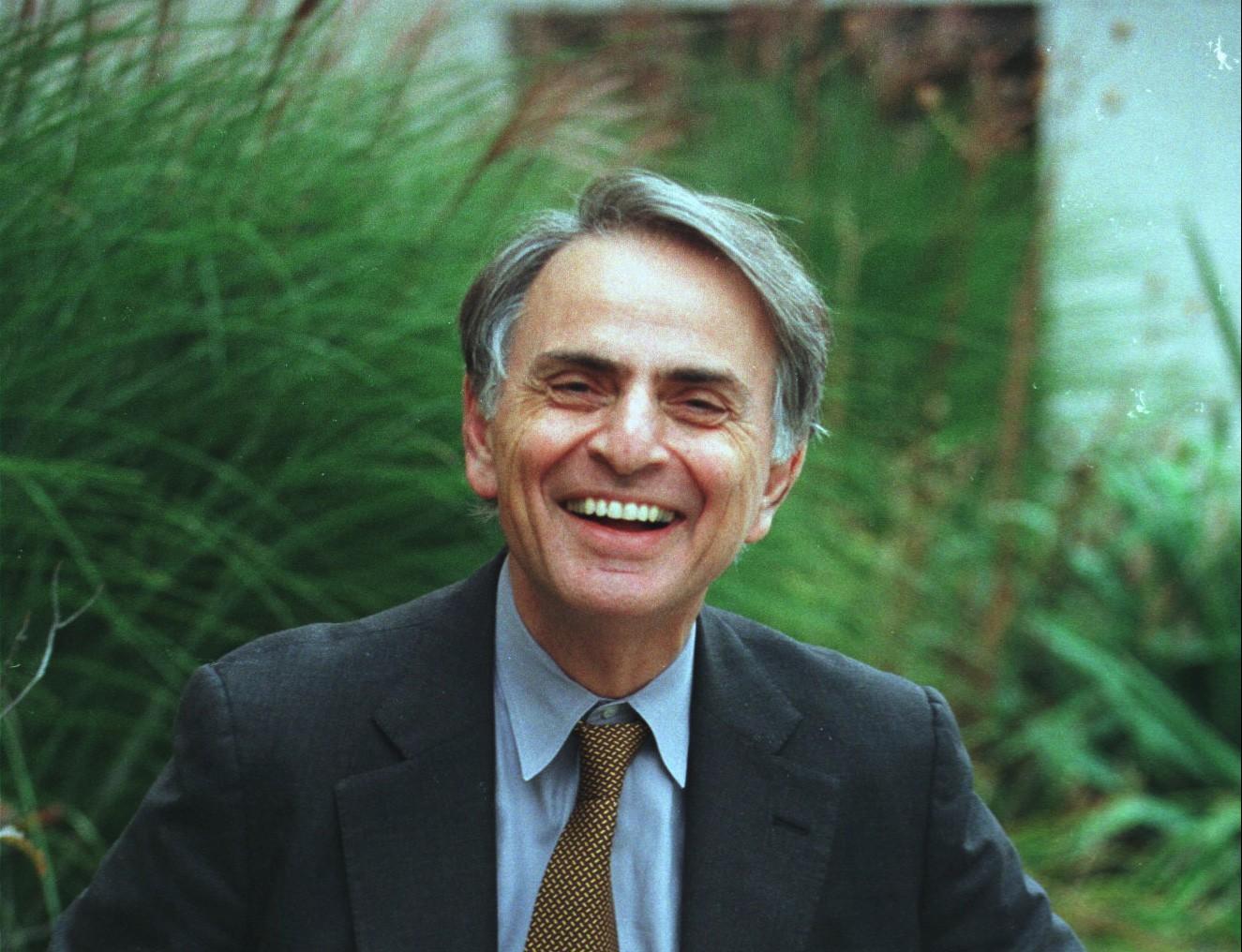 filme biográfico sobre Carl Sagan