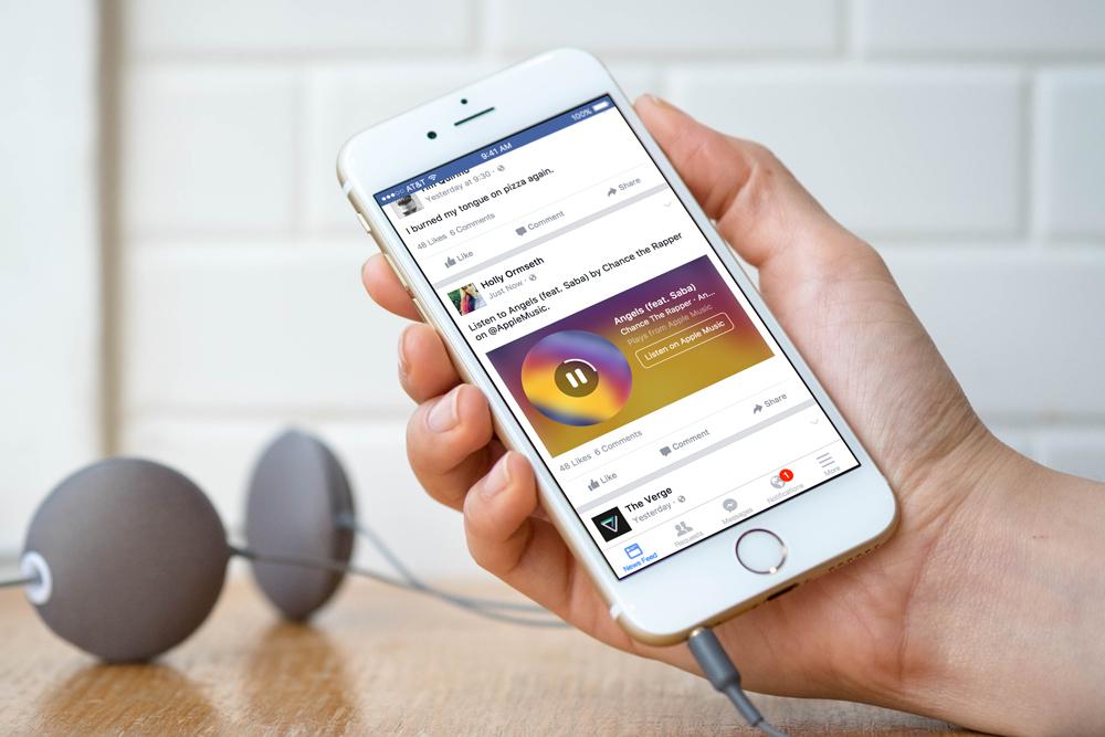 Ouvir música no Facebook