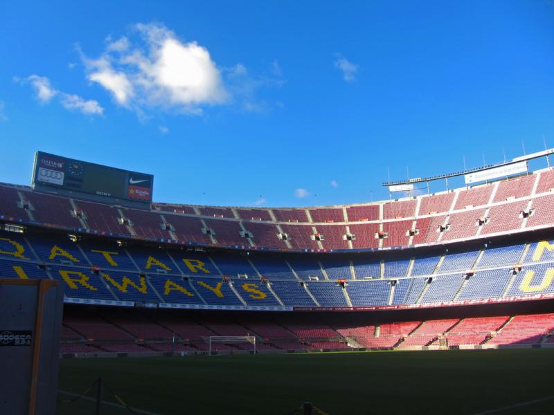 O F.C.Barcelona é uma instituição de peso na economia catalã. (Imagem: Estádio do clube, Camp Nou)