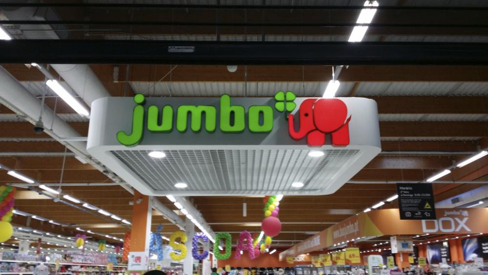 Auchan estuda fim da marca Jumbo
