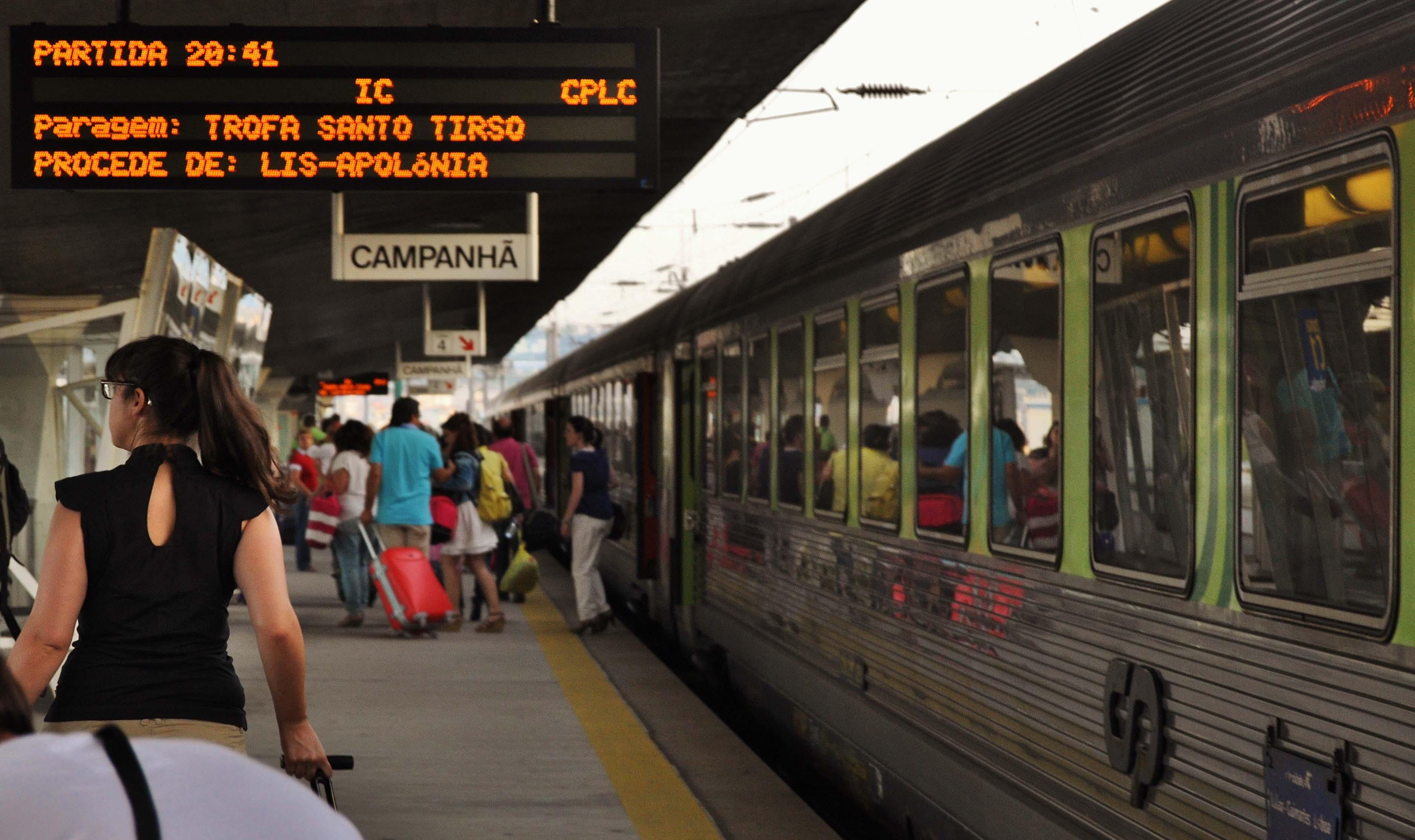 CP oferece 3000 passes para um mês de comboio aos condutores
