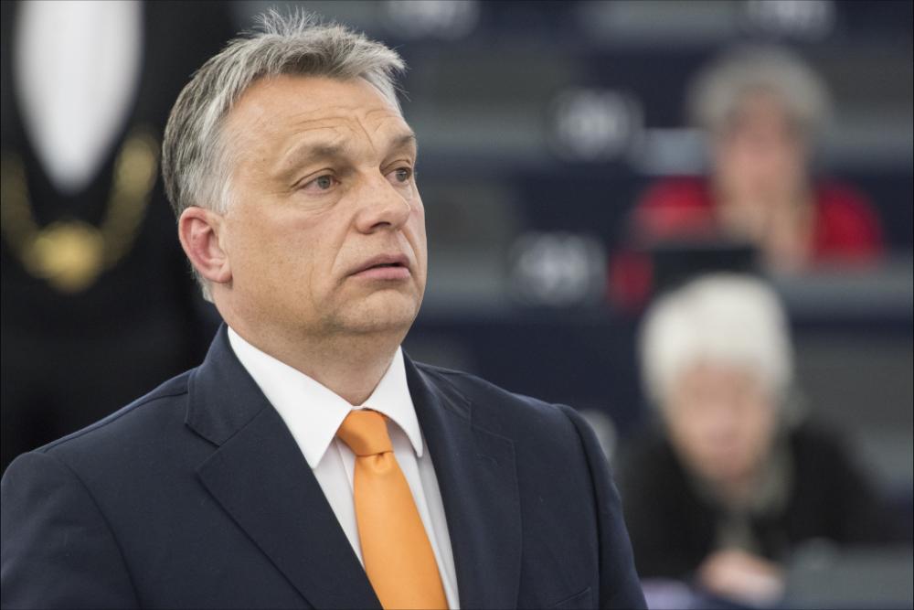Viktor Orbán, Primeiro-Ministro húngaro, no Parlamento Europeu em 2015 (foto de Parlamento Europeu via Flickr)