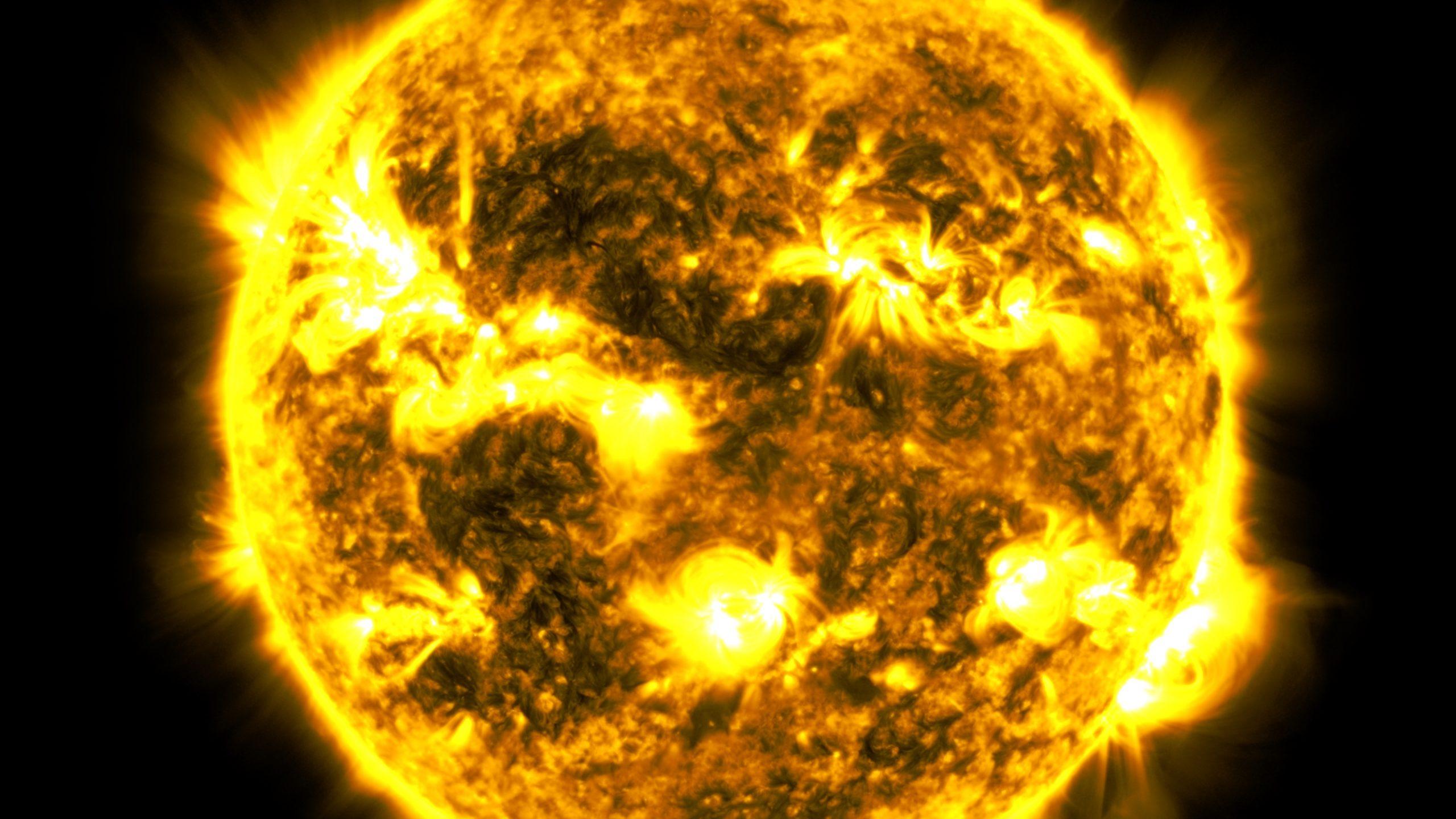 Imagem via SDO/NASA
